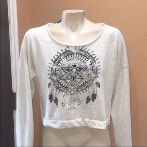GIRLS FULL TILT CROPPED SWEATER GREAT CONDITION